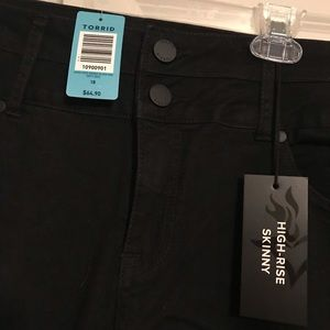 Torrid High Rise Skinny Jeans Size 18